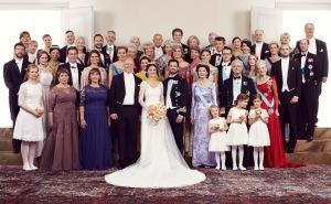 wpid-h.k.h.-prins-carl-philip-och-h.k.h.-prinsessan-sofia-familjefoto-13-juni-2015-foto-mattias-edwall-kungahuset.se_.jpg.jpeg