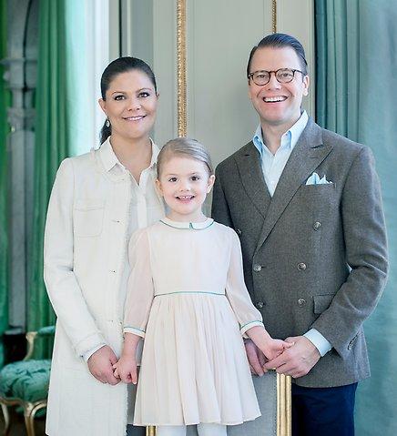 Kronprinsessfamiljen+23+februari+2016.+Foto+Kate+Gabor+Kungahuset.se